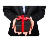 Hạch toán chi phí quà biếu, quà tặng như thế nào?